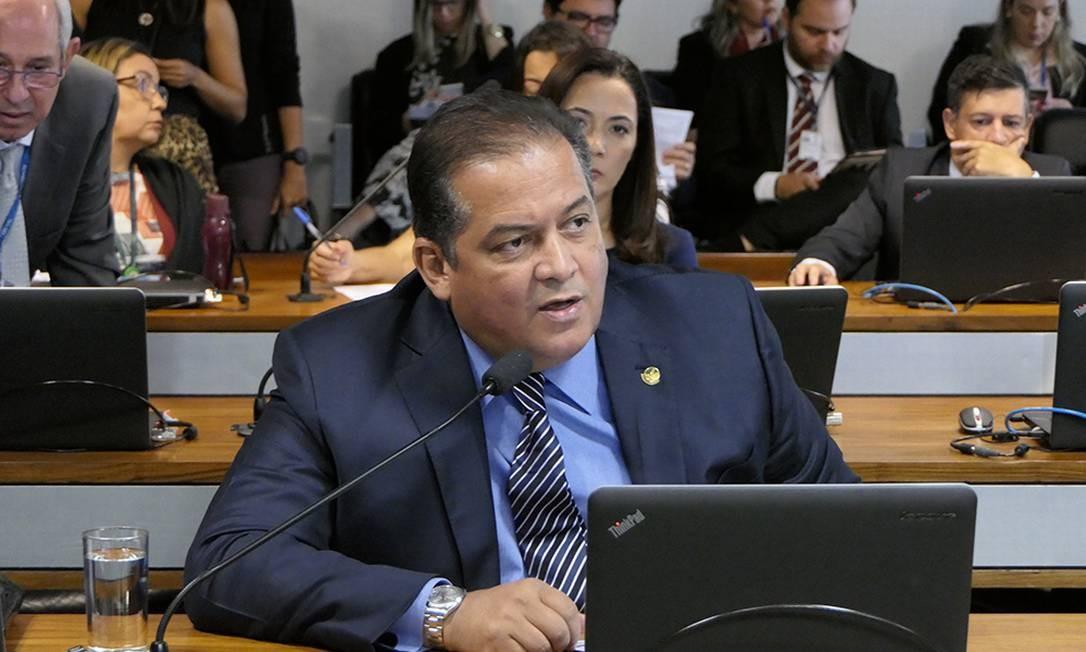 Líder do governo no Congresso, senador Eduardo Gomes (MDB-TO) Foto: Roque de Sá / Agência Senado