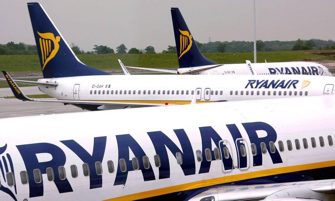 Ryanair é uma das empresas que o governo quer trazer para operar no mercado doméstico no país Foto: Agência O Globo
