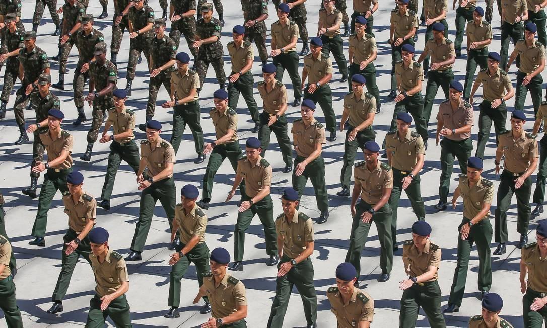 Previdência dos militares Foto: Marcelo Régua / Agência O Globo