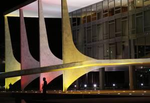 Fachada do Palácio do Planalto: Brasil vai economizar R$ 96 bilhões com custo da dívida em 2020 devido ao juro mais baixo Foto: Ailton de Freitas / Agência O Globo