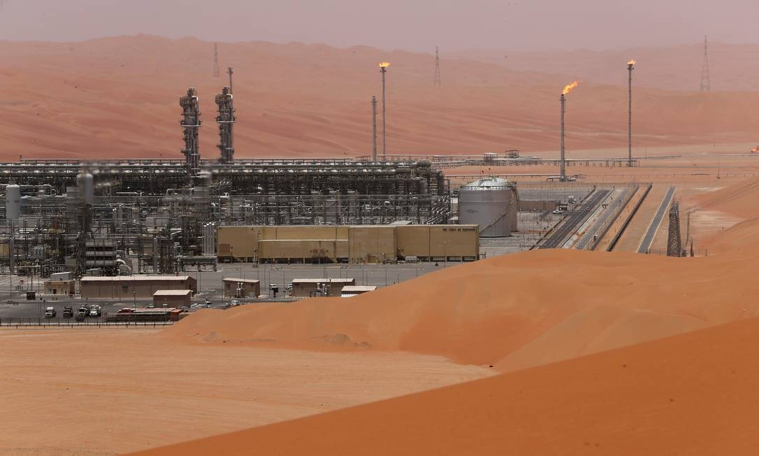 Campo de petróleo Shaybah da Aramco, na Arábia Saudita Foto: AHMED JADALLAH / REUTERS