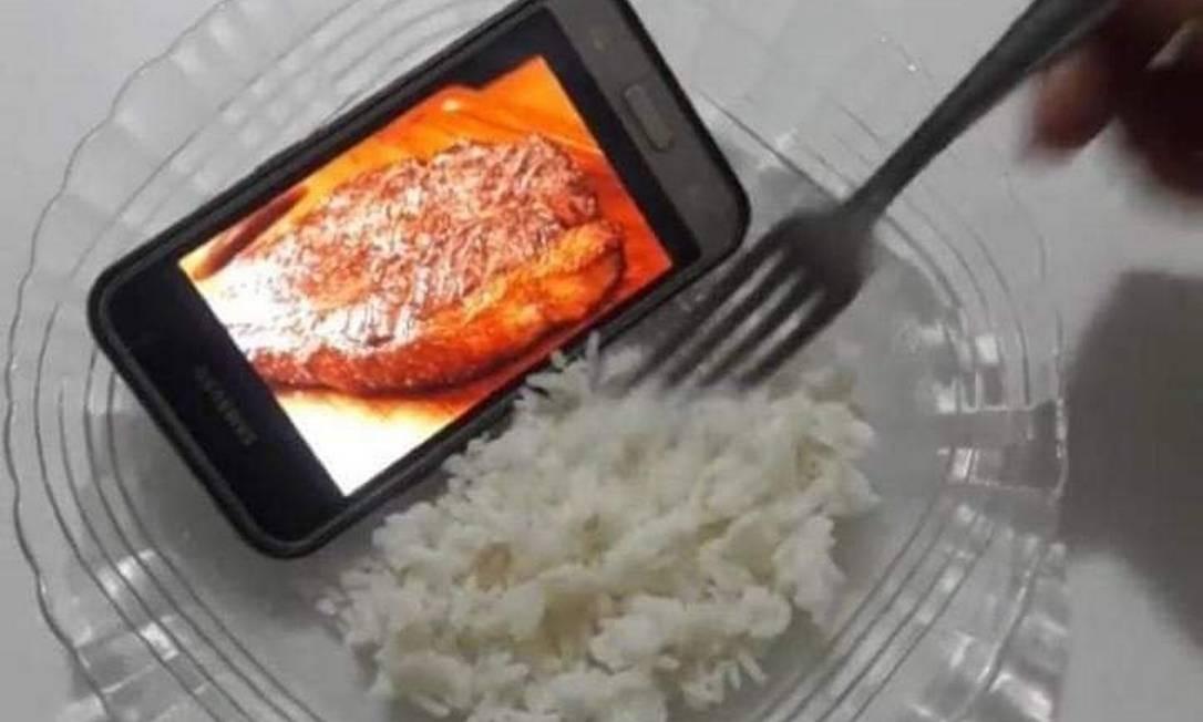 Preço alto de carne vermelha vira meme Foto: Reprodução Internet