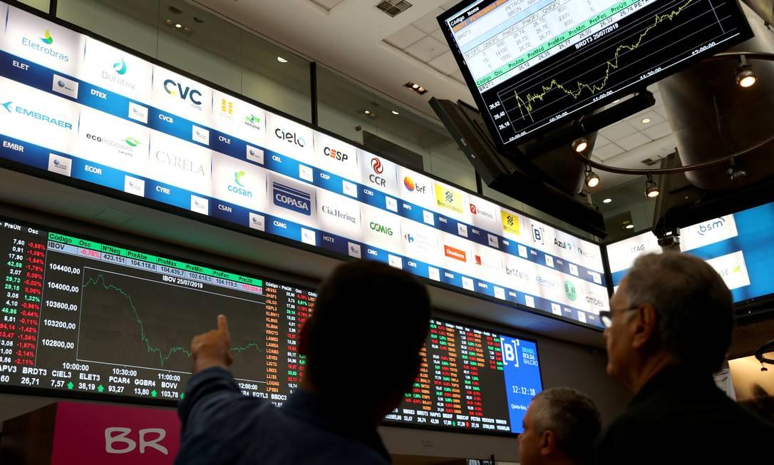Quadro com índices de mercado na Bolsa de Valores em São Paulo Foto: Amanda Perobelli / Reuters
