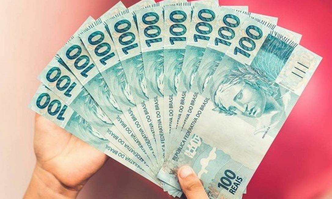 O salário mínimo será de R$ 1.045 a partir de fevereiro Foto: Getty Images
