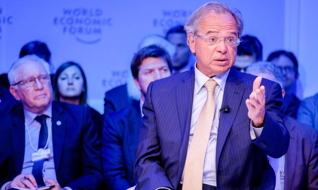 Paulo Guedes em Davos Foto: Walter Duerst / Agência O Globo