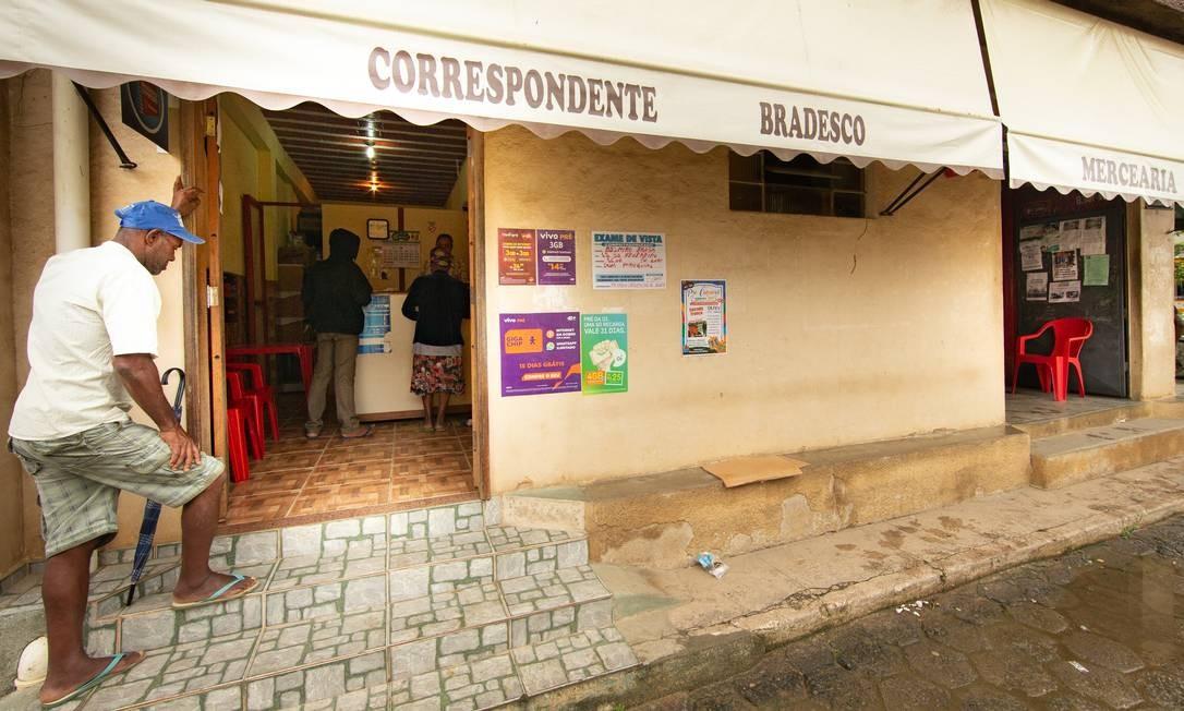 Belmiro Braga, município de Minas Gerais, não tem agência bancária Foto: Roberto Moreyra / Agência O Globo