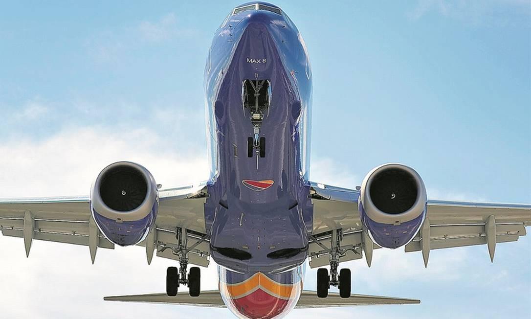 Boeing 737 Max-8 da aérea americana Southwest : fabricante do avião estima que retomada dos voos seja possível a partir de meados de 2020 Foto: AFP