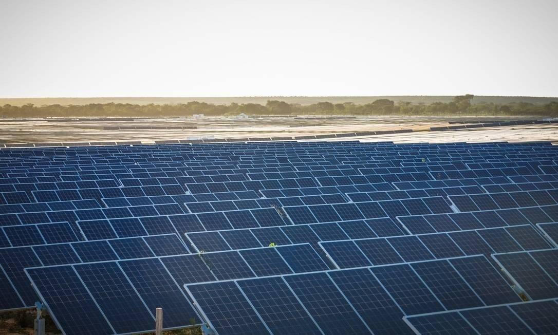 Parque de energia solar de Ituverava, na Bahia Foto: Antonio Pinheiro / Divulgação