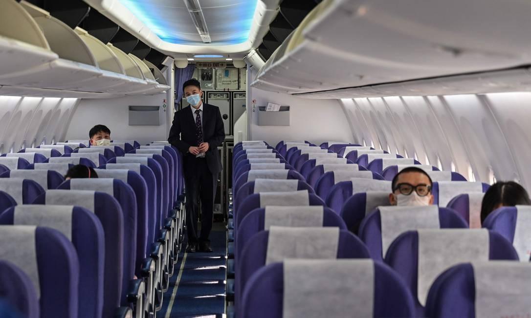 Alemã Lufthansa avalia suspender novas contratações em meio a emergência global de coronavírus Foto: Hector Retamal / AFP