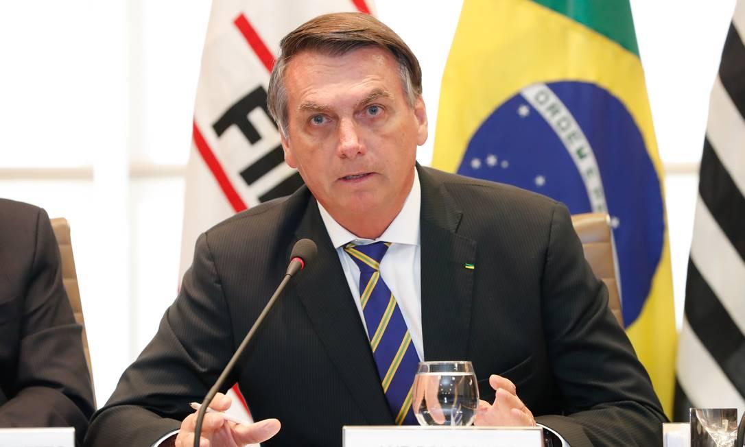 Bolsonaro admite que governo federal poderá conceder perdão a dívidas de estados devido à epidemia de coronavírus Foto: Alan Santos/PR / Agência O Globo