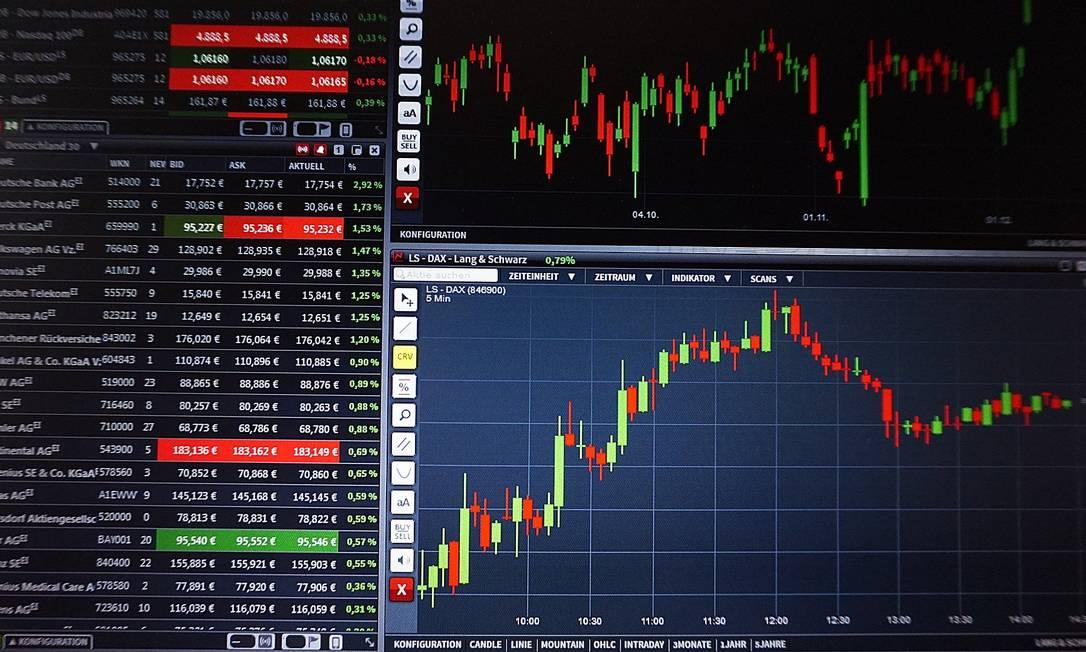 Ações negociadas em Bolsa de Valores Foto: Pixabay