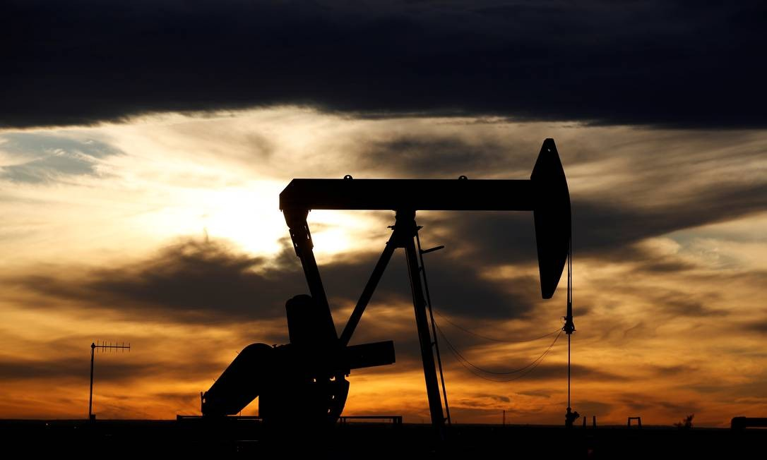 Extração de petróleo no estado americano do Texas Foto: Angus Mordant / Reuters