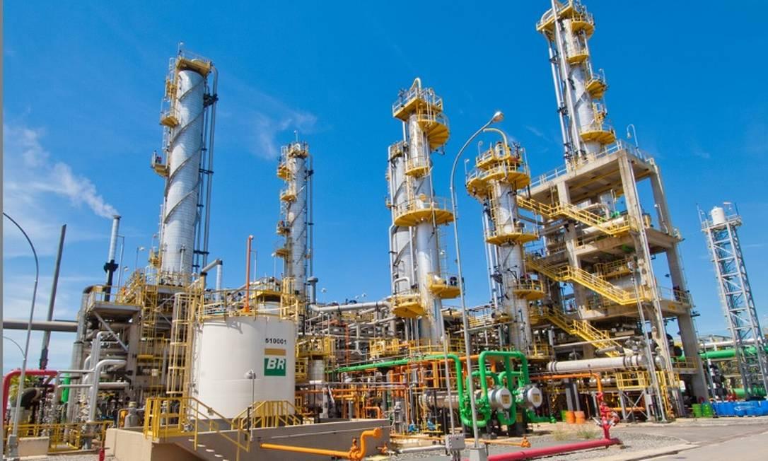 Refinaria de Duque de Caxias (Reduc), da Petrobras Foto: Arquivo