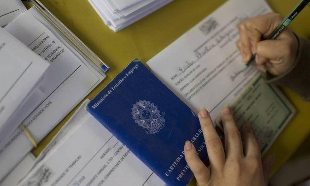 Taxa de desemprego no Brasil bate recorde em agosto Foto: Agência O Globo