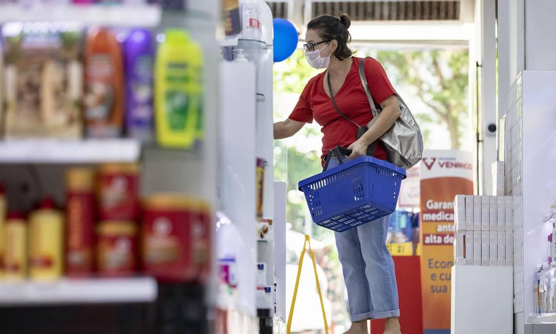 Com a intensificação das medidas de isolamento social, vendas no varejo caíram Foto: Ana Branco / Agência O Globo