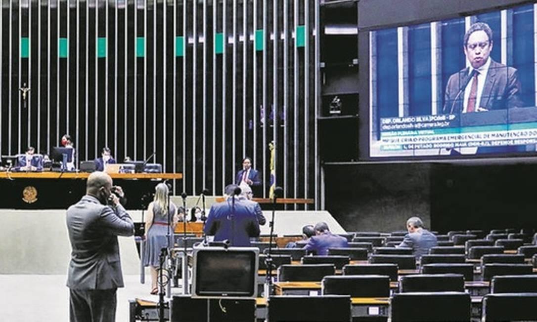 Votação da medida provisória 936 na Câmara: em vigor desde abril, texto agora segue para o Senado Foto: Najara Araújo/Câmara dos Deputados