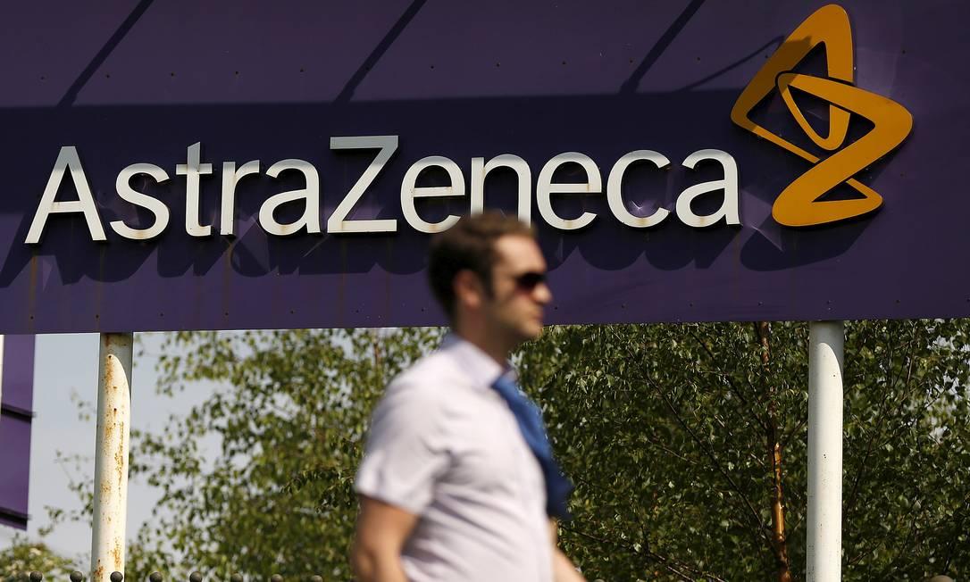 Astrazeneca tem lucro de US$ 1,56 bi no 1º trimestre. Na foto, fachada da sede do grupo em Macclesfield, na Inglaterra Foto: Phil Noble / REUTERS