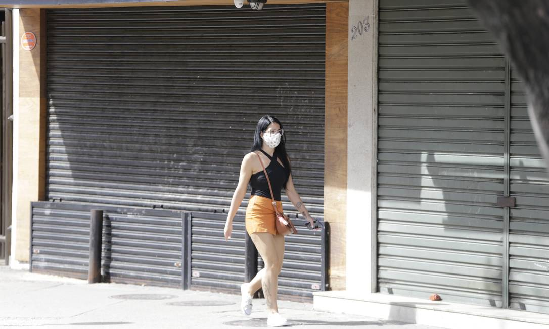 Microempresários dizem estar tendo dificuldade para ter acesso às linhas de crédito do governo. Sem dinheiro ou prazos maiores, fecham. Foto: Domingos Peixoto / Agência O Globo