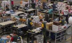 Centro de distribuição da Via Varejo, em Jundiaí. A empresa comprou uma start-up de logística para reduzir custos e aumentar a agilidade Foto: Edilson Dantas / Agência O Globo