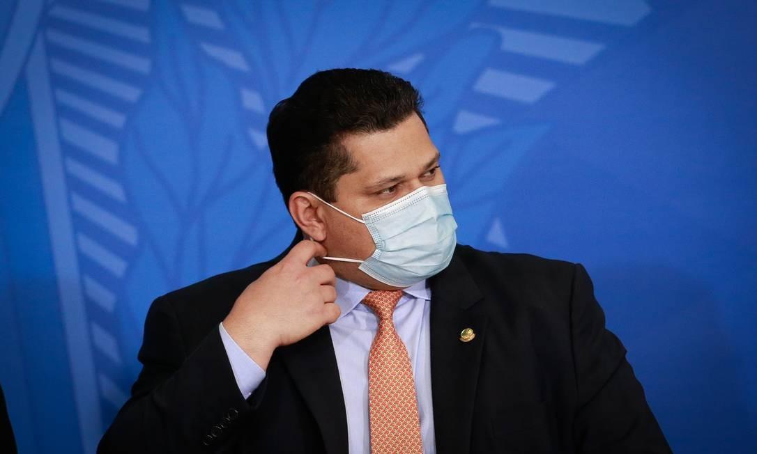Davi Alcolumbre recebe carta de entidades empresariais pedindo que Congresso derrube veto de Bolsonaro Foto: Pablo Jacob / Agência O Globo