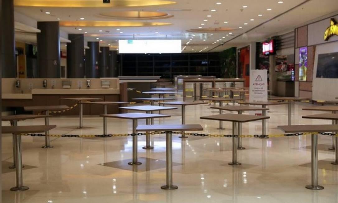 Restaurante fechado em SP Foto: Reuters