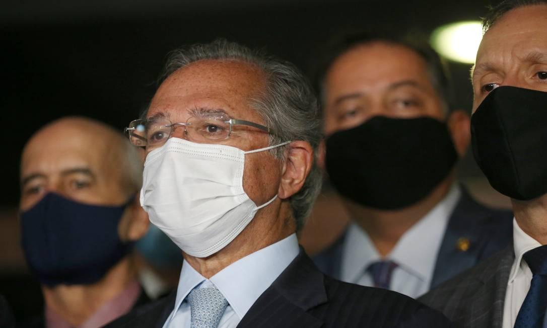 Parlamentares articulam uma saída para gastos acima do teto Foto: Jorge William / Agência O Globo