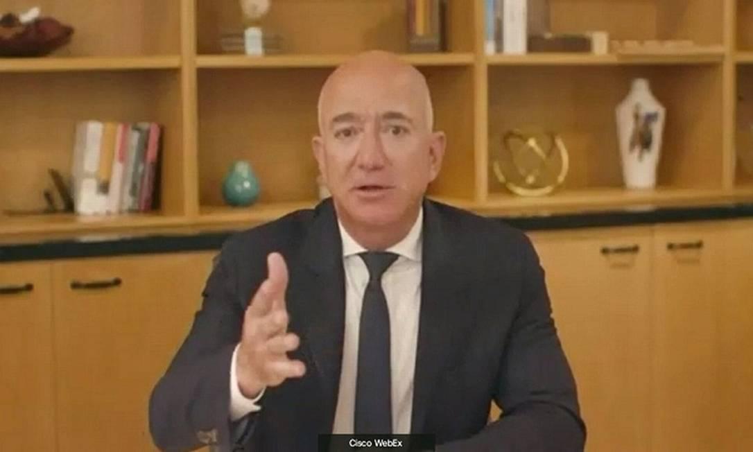Bezos na audiência no Congresso dos EUA Foto: HANDOUT / via Reuters