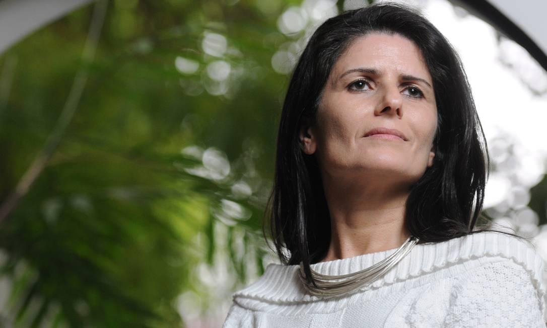 A economista Zeina Latif diz que teto não deve ser revogado, mas exceções serão feitas Foto: Agência O Globo