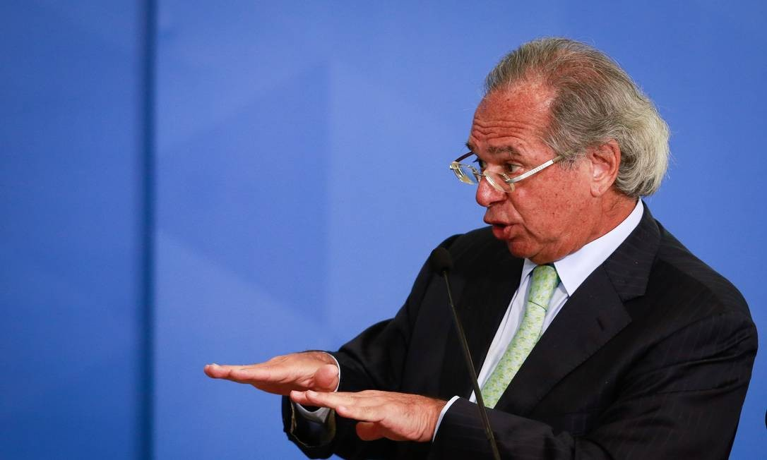Guedes diz que, se Marinho falou mal dele, é 'despreparado', 'desleal' e 'fura-teto' Foto: Pablo Jacob / Agência O Globo