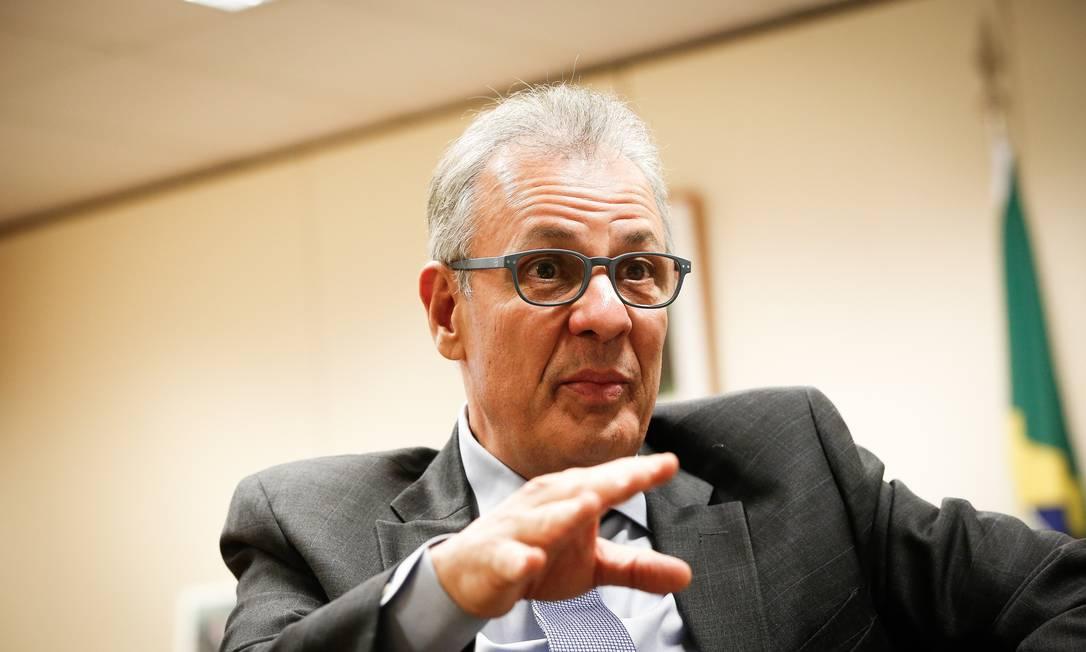 O ministro de Minas e Energia, Bento Albuquerque, promete mudanças para evitar apagões como o do Amapá Foto: Pablo Jacob / Agência O Globo