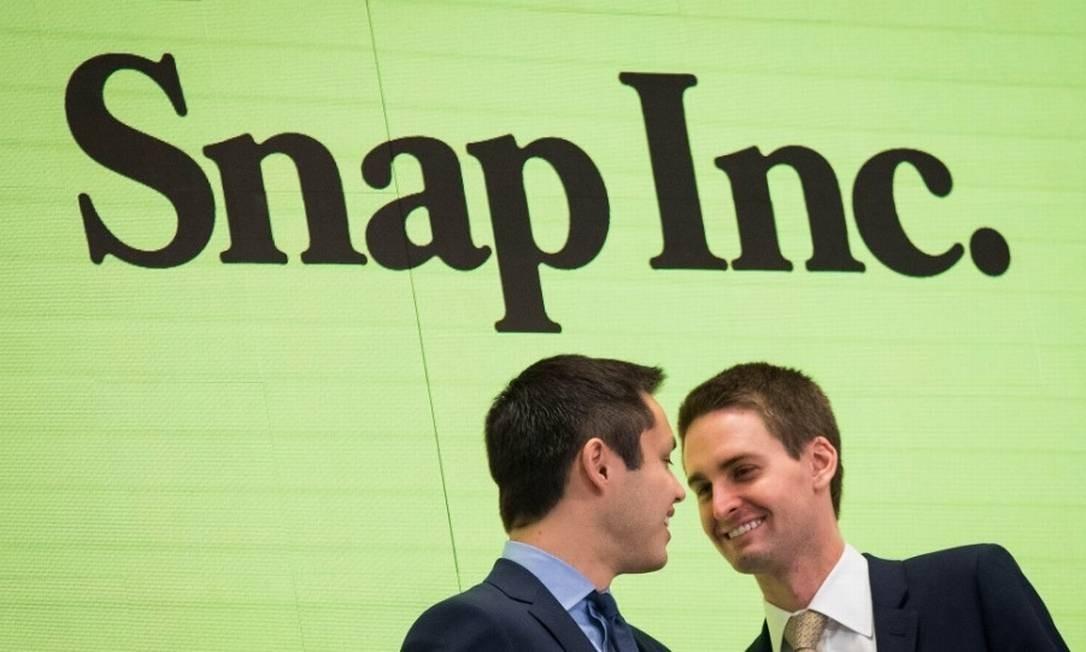Bobby Murphy (esquerda) e Evan Spiegel, co-fundadores do Snapchat viram sua fortuna aumentar em US$ 2,7 bilhões em poucas horas Foto: Bloomberg
