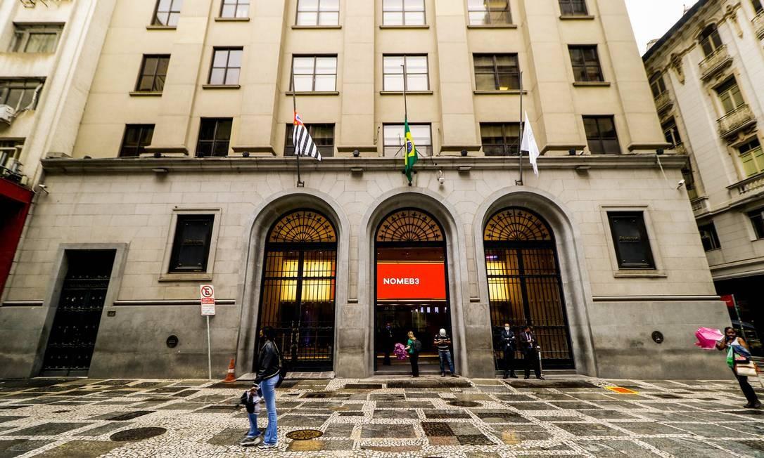 A B3, Bolsa de Valores brasileira, agora permite que os pequenos investidores tenham acesso a BDRs Foto: Aloisio Mauricio/Fotoarena / Agência O Globo