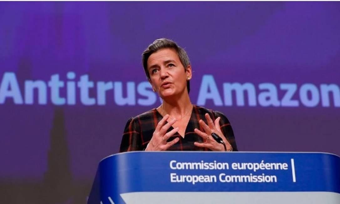 """Margrethe Vestager, vice-presidente da Comissão Europeia para questões digitais: """"Devemos garantir que as plataformas de dupla função com poder de mercado, como a Amazon, não distorçam a concorrência"""" Foto: AFP"""