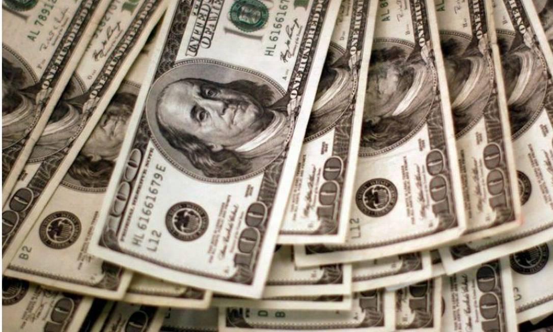 Investidores seguem monitorando cenário fiscal, após cancelamento de evento para anunciar novo programa de auxílio. Foto: Reuters