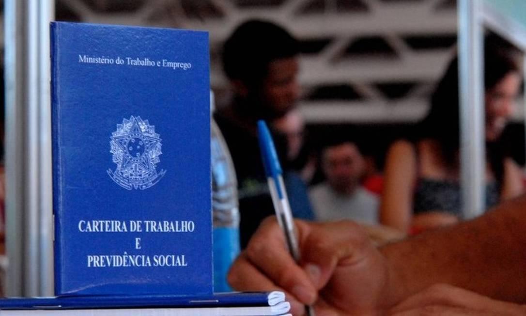 Deputados prorrogaram a desoneração da folha de pagamento para 17 setores Foto: Agência O Globo