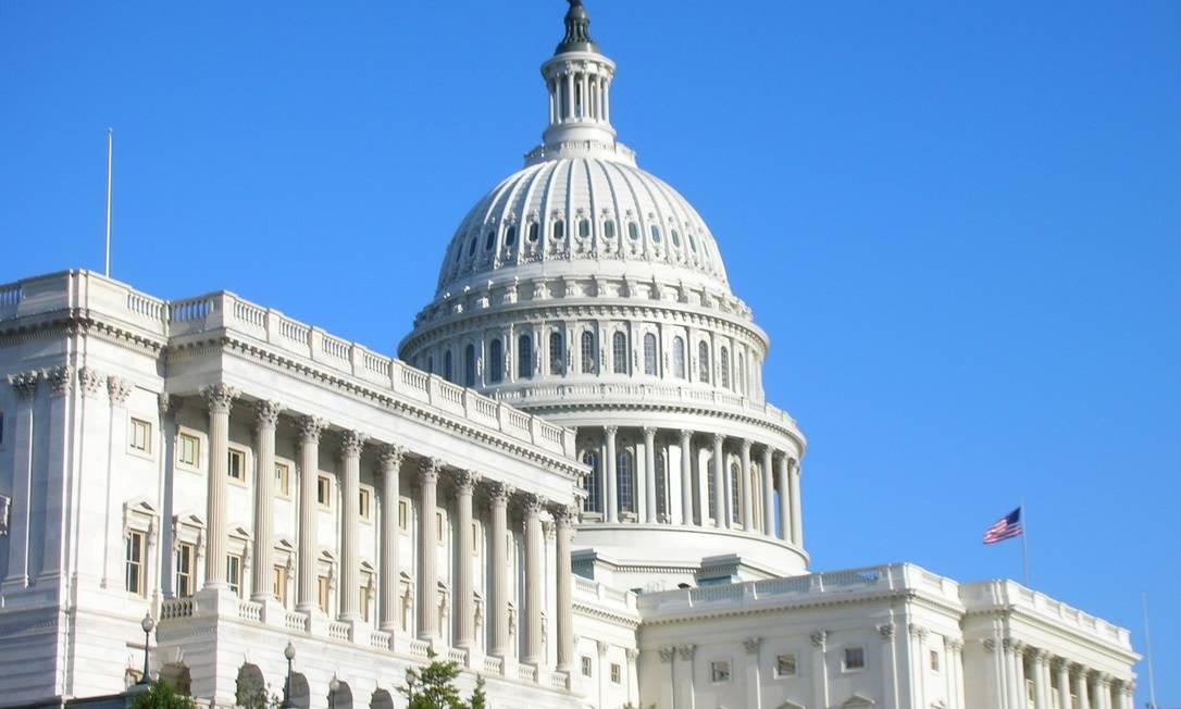 Capitólio dos EUA: pacote contra crise da Covid é elevado pela Câmara dos Representantes Foto: Arquivo/16-11-2017