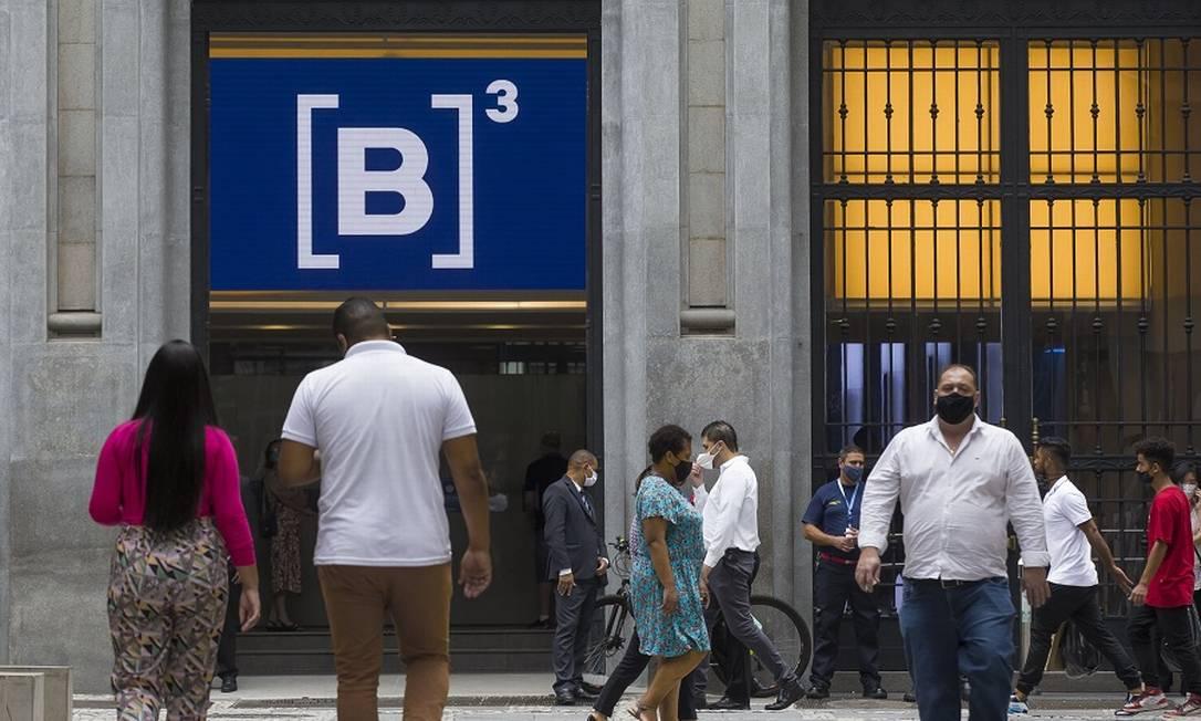 Empresas refor?am caixa com capta??es no mercado para atravessar crise econ?mica Foto: Edilson Dantas / Agência O Globo