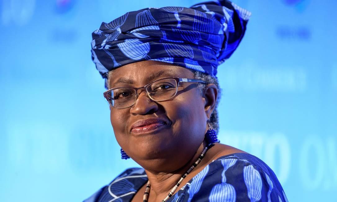Ngozi Okonjo-Iweala será a primeira mulher e primeira africana à frente da OMC Foto: FABRICE COFFRINI / AFP