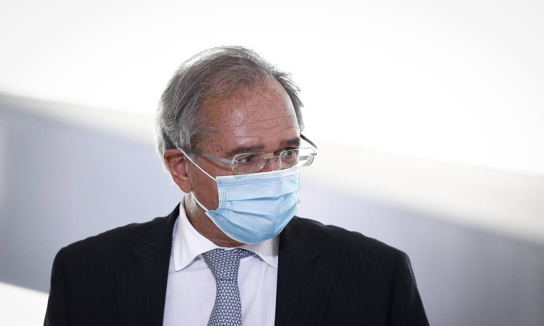 Guedes aguarda ajuste fiscal para decidir seu futuro no governo Foto: Pablo Jacob / Agência O Globo