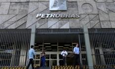 Quatro membros do conselho de administração da Petrobras deixam os cargos Foto: Reuters