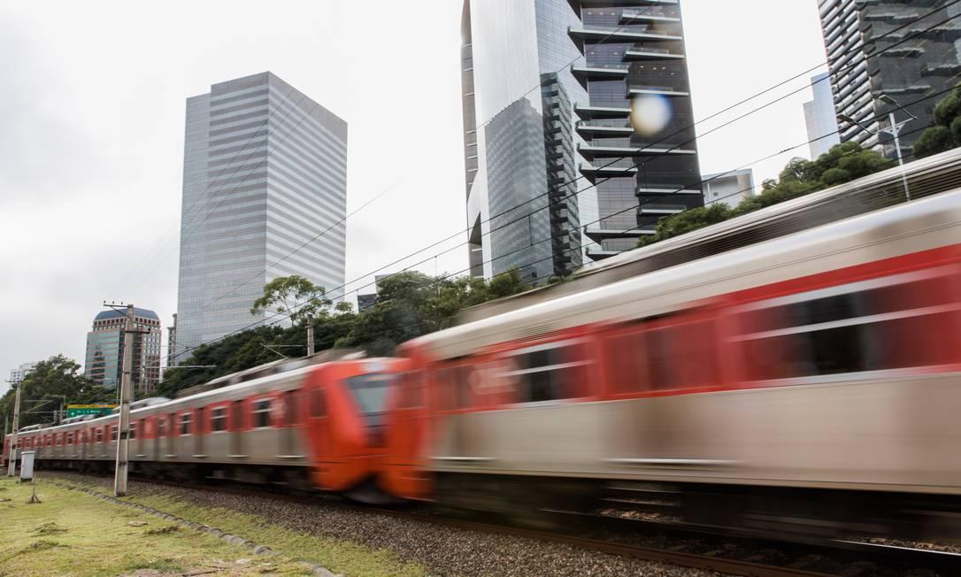 Trens da linha 9-Esperalda da CPTM, em São Paulo Foto: Alexandre Carvalho / Divulgação/Governo do Estado de São Paulo