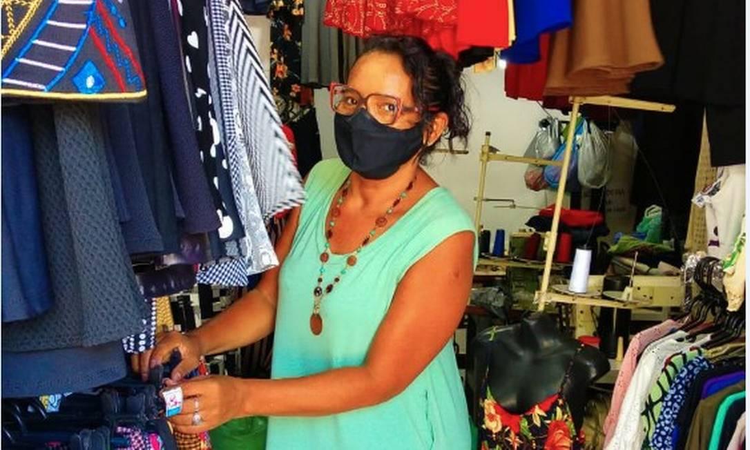 Para Maria de Lurdes, de 58 anos, o auxílio emergencial facilitou o pagamento de contas atrasadas, mas não tornou possível a regularização da sua situação financeira e a limpeza do nome Foto: Arquivo pessoal