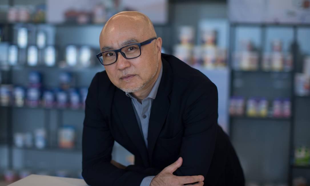 Edson Higo, CEO da Danone: empresa já pesquisa produtos para o pós-Covid Foto: Edilson Dantas / Agência O Globo