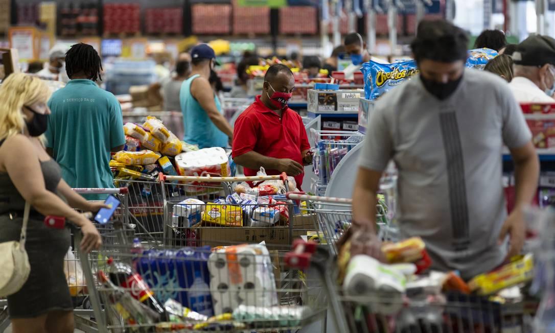 Preços de alimentos estão entre os que mais subiram nos últimos meses Foto: Leo Martins / Agência O Globo