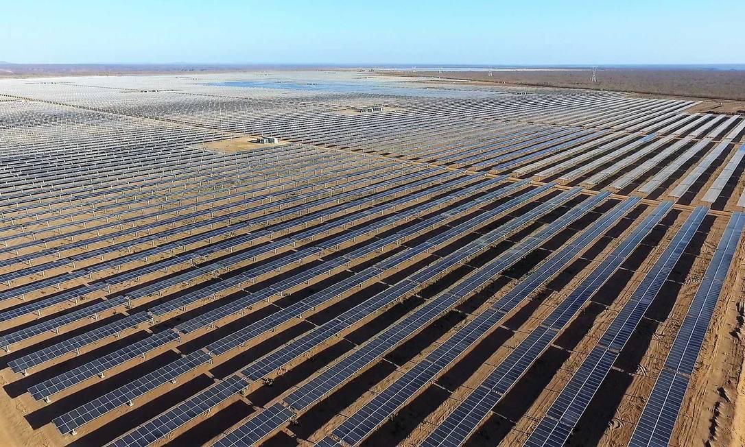 Parque Solar Nova Olinda, da Enel, em Ribeira do Piauí (PI): no mercado livre, é possível comprar energia solar, eólica, de hidrelétricas e termelétricas Foto: Divulgação/Enel