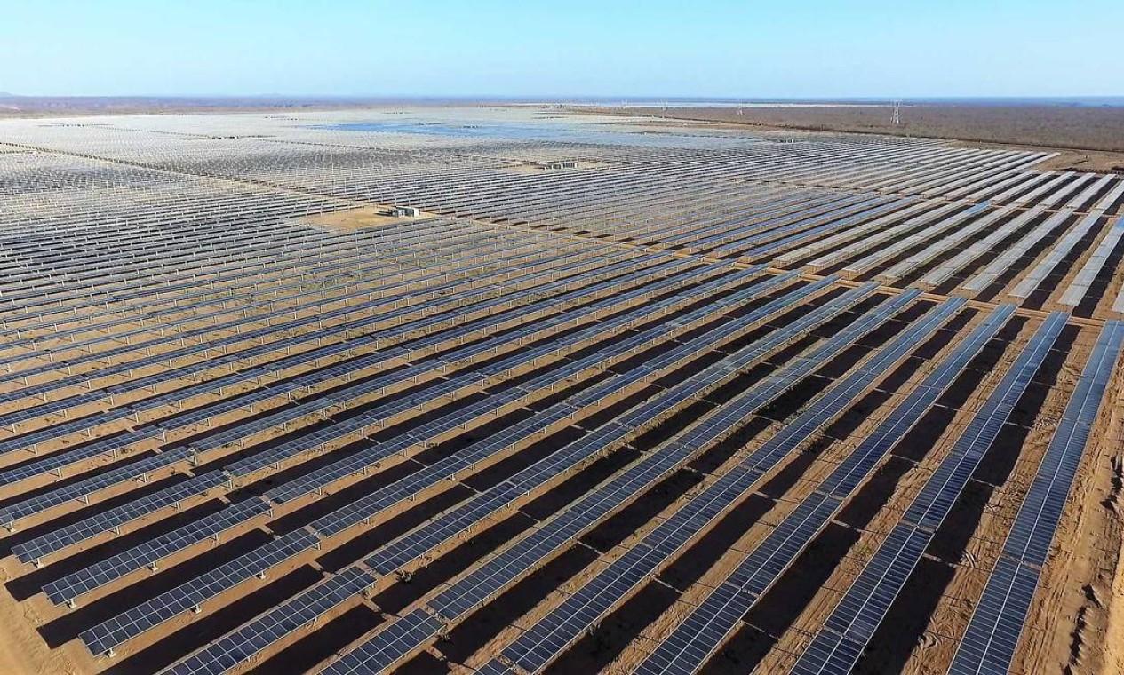 Parque Solar Nova Olinda, da Enel, em Ribeira do Piauí (PI). Brasil volta ao ranking dos dez países com maior expansão na energia solar Foto: Divulgação/Enel
