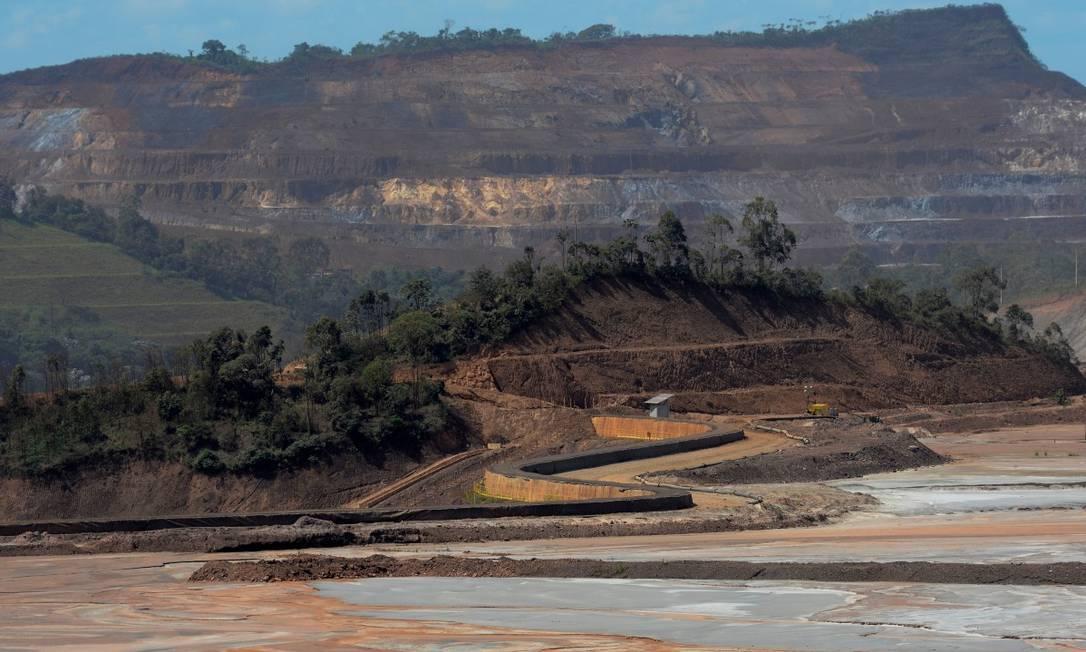 Vista de mina da Samarco, em Mariana (MG): empresa protocolou plano de recuperação judicial Foto: Washington Alves / REUTERS
