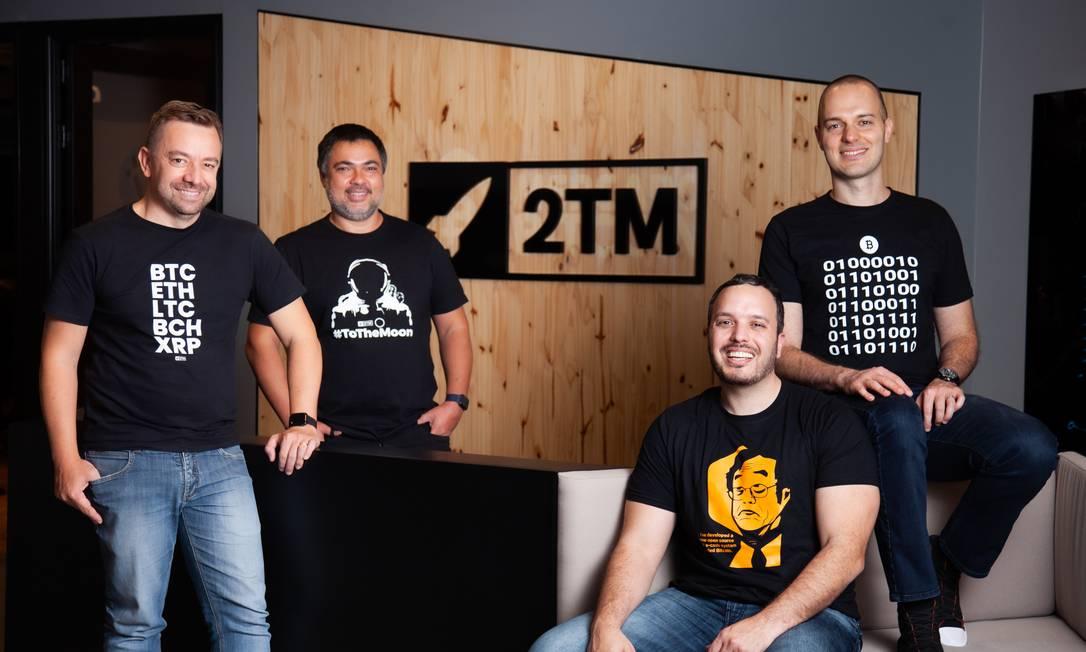 Mercado Bitcoin. A partir da esquerda, Roberto Dagnoni, Reinaldo Rabelo, Maurício Chamati e Gustavo Chamati Foto: Divulgação