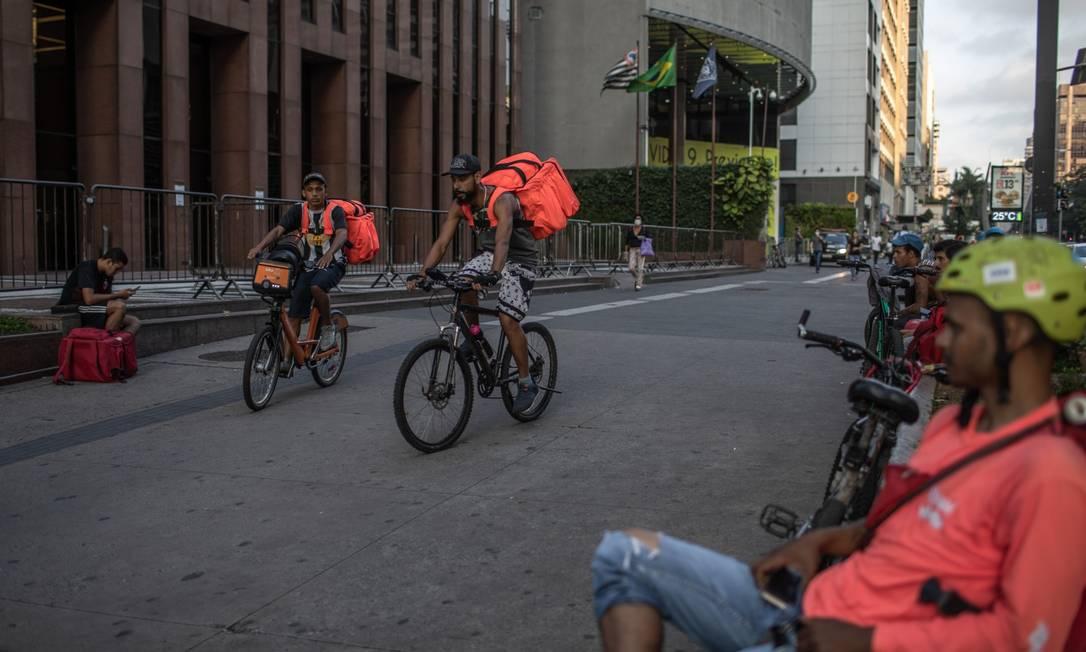 Aplicativos terão seu próprio MEI: governo quer exigir contribuição de motoristas e entregadores Foto: Victor Moriyama / Bloomberg