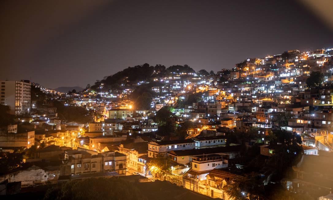 Energia: A tarifa social para a baixa renda, além da isenção da bandeira tarifária de escassez hídrica, dá descontos de 10% a 65% Foto: Brenno Carvalho / Agência O Globo